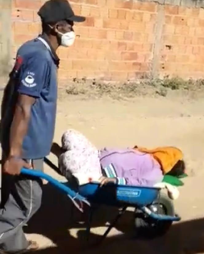 Um mês após ser filmada pela mãe indo à UBS em carrinho de mão, menina é internada e morre