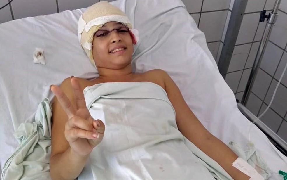 Débora teve couro cabeludo arrancado em acidente de kart no Recife — Foto: Eduardo Tumajan/Acervo pessoal