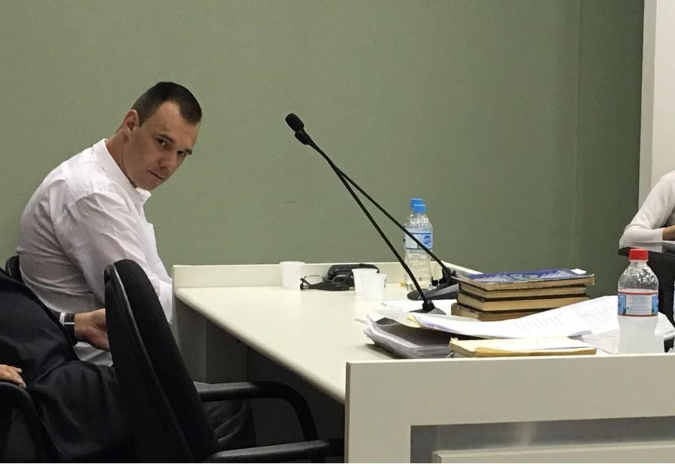 Acusado de sequestrar, estuprar e matar jovem em SC é condenado a 24 anos de prisão (Foto: Eduardo Cristófoli/NSC TV)