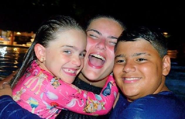 Mayara é mãe de dois filhos, Sofia, de 8 anos, e Rafael, de 13 (Foto: Reprodução)