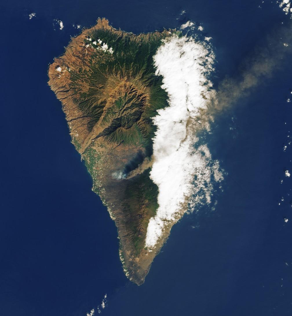 Imagem feita pelo satélite Landsat 8 e pelo Earth Observatory, da agência especial americana, de 26 de setembro — Foto:  Landsat 8/Earth Observatory/Nasa