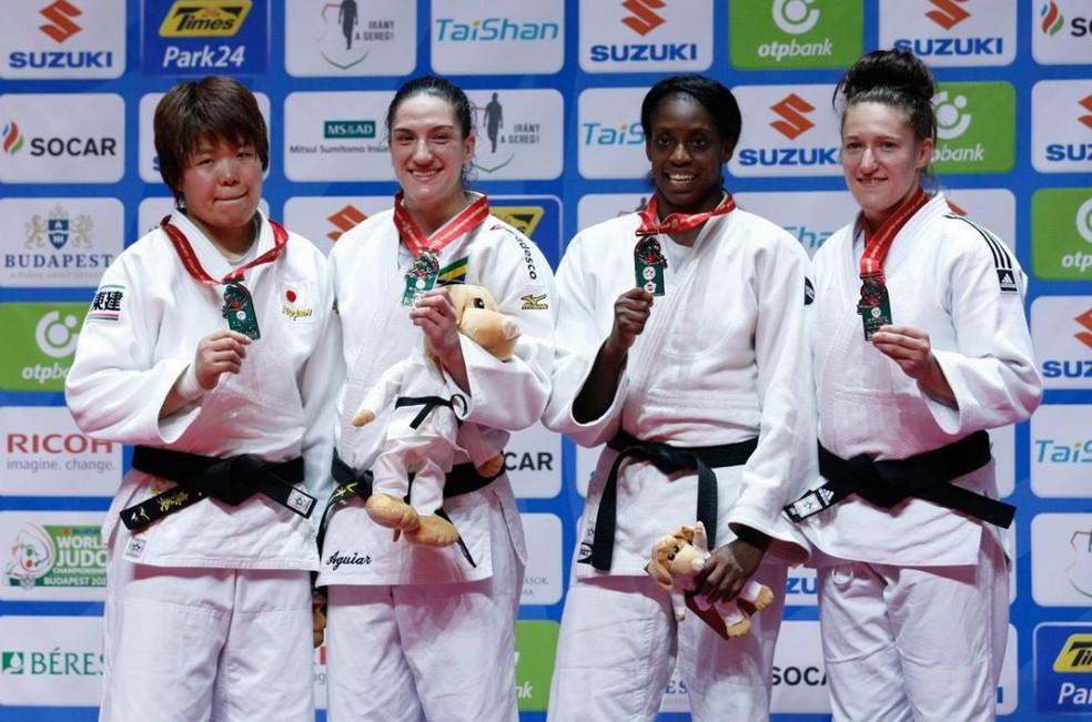 Mayra Aguiar conquista a medalha de ouro em Budapeste — Foto: CBJ