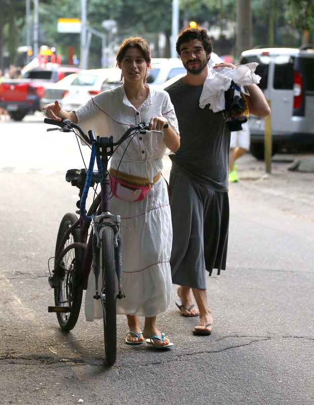 Luisa Arraes e Caio Blat (Foto: Rodrigo Adão/Agnews)