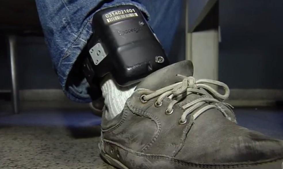 Apontado como autor de pelo menos 15 homicídios usava tornozeleira eletrônica (Foto: Reprodução)
