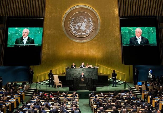 Michel Temer abre a sessão de debates na Assembleia da ONU (Foto: Drew Angerer/Getty Images)