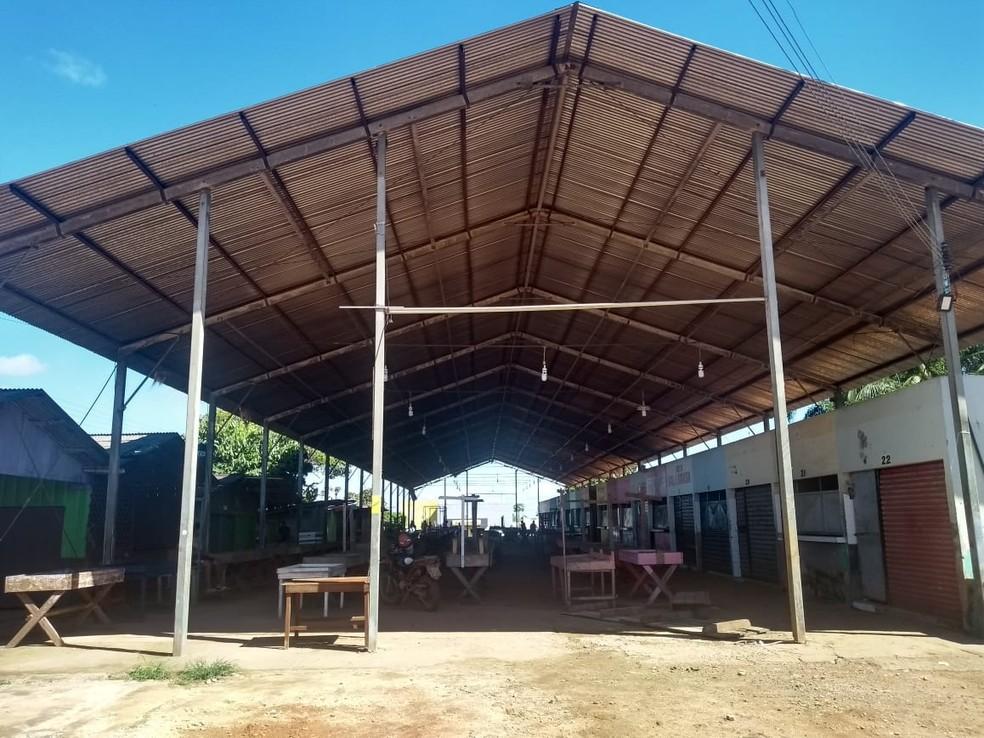 Prefeitura não cumpriu com o prazo estabelecido e o mercado foi interditado em Nova Mamoré, RO — Foto:  Fernando Jeff/ Mamoreagora