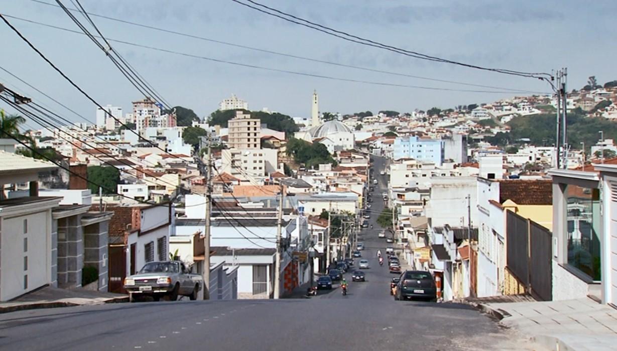 Novo decreto permite reabertura de bares e choperias após proibição em Campo Belo, MG