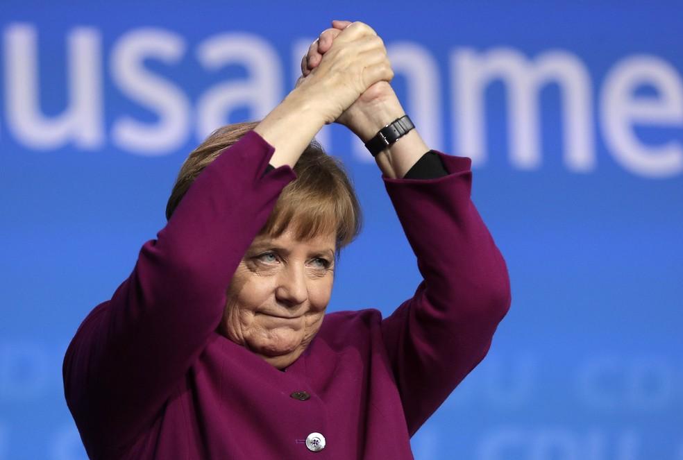 A chanceler alemã Angela Merkel durante convenção do partido CDU em Berlim (Foto: Markus Schreiber/AP)