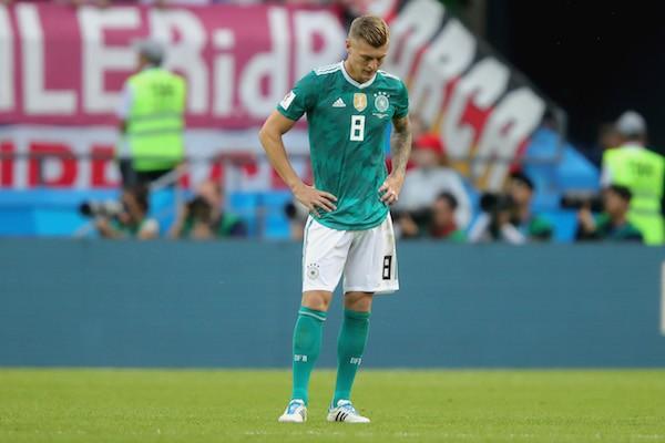 O jogador alemão Toni Kroos em seguida à derrota de sua equipe na Copa do Mundo 2018 (Foto: Getty Images)
