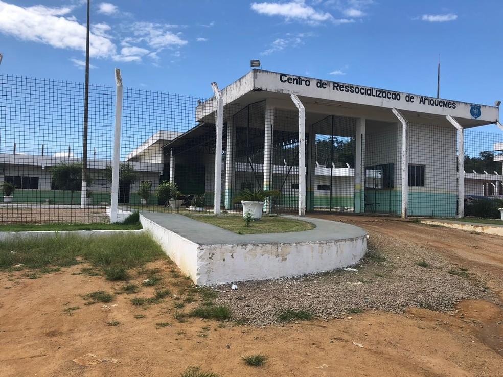 Oito detentos fugiram do Centro de Ressocialização de Ariquemes na madruga de 8 de maio (Foto: Jeferson Carlos/G1)