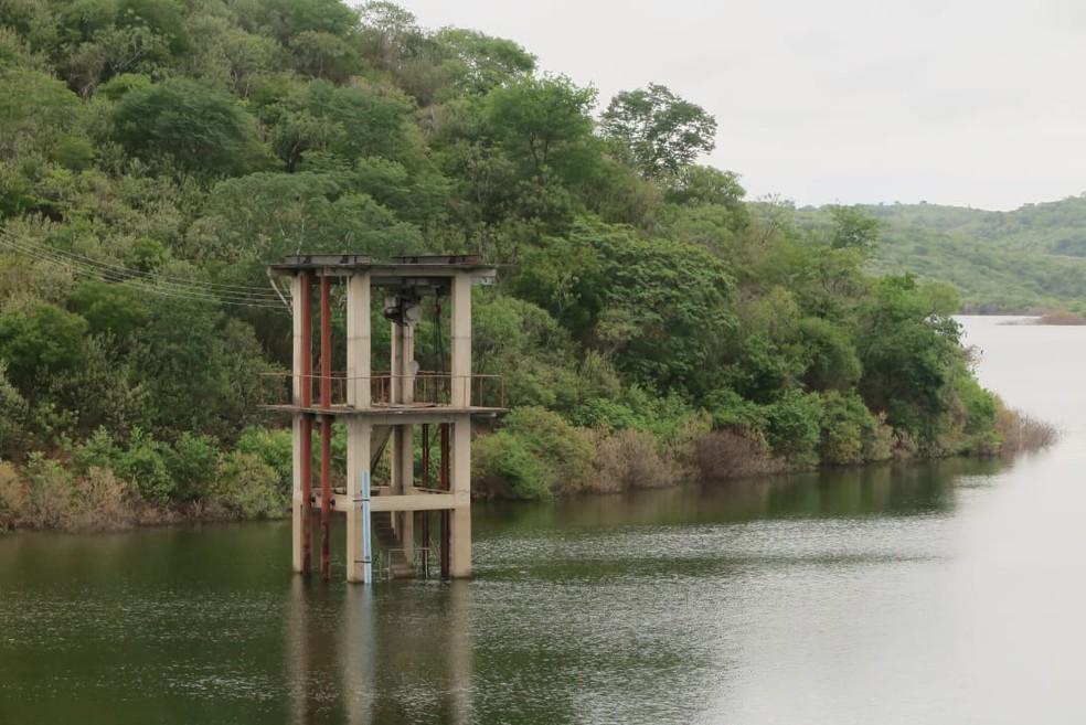 Barragem de Atalho iria liberar as água da transposição do Rio São Francisco para a barragem dos Porcos. — Foto: Antônio Rodrigues/ SVM