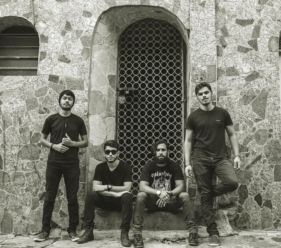 Banda Fourkaos lança clipe de 'Hear This so Quiet Place', gravado em Campina Grande