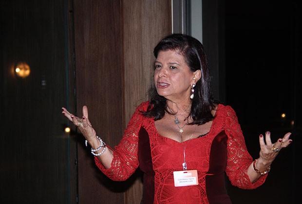 LUIZA HELENA TRAJANO DURANTE O PRIMEIRO FORÚM DE MULHERES LÍDERES (Foto: Divulgação)