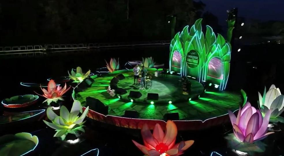 Show de Gusttavo Lima é ao ar livre no Rio Negro — Foto: Reprodução/ Internet