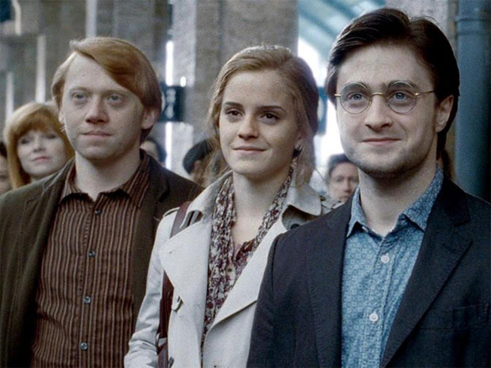Ron Weasley (Rupert Grint), Hermione Granger (Emma Watson) e Harry Potter (Daniel Radcliffe) em 'Harry Potter e as relíquias da morte – Parte 2' — Foto: Divulgação
