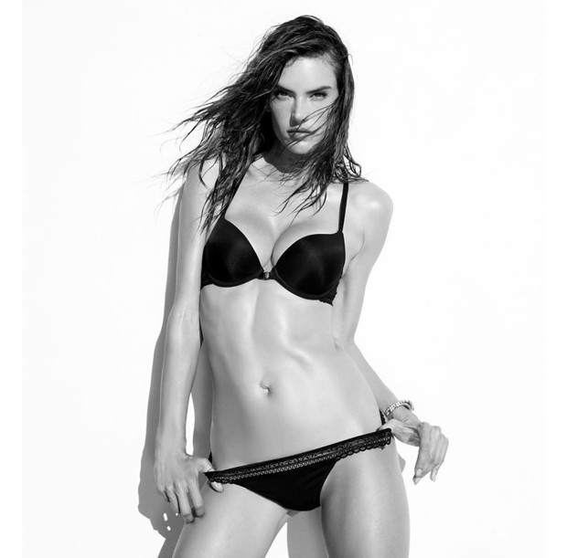 Alessandra Ambrosio (Foto: Grosby Group)