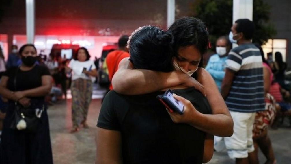 Número de casos e mortos subiu muito em Manaus nos últimos dias — Foto: Reuters