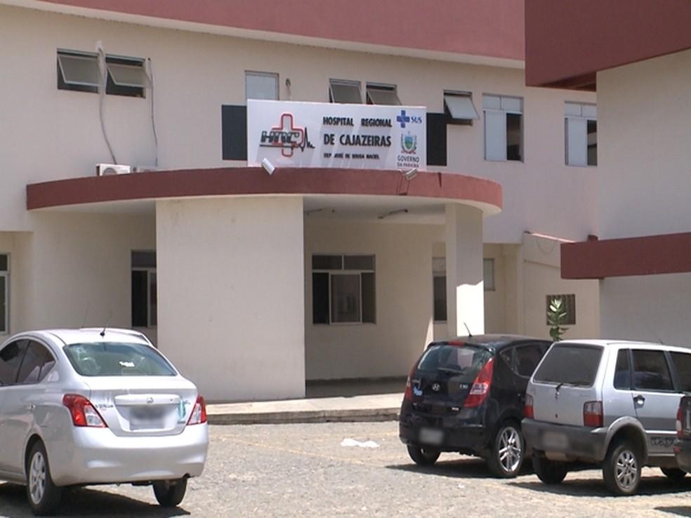 Vítima foi encaminhada ao Hospital Regional de Cajazeiras, no Sertão da Paraíba — Foto: Reprodução / TV Paraíba