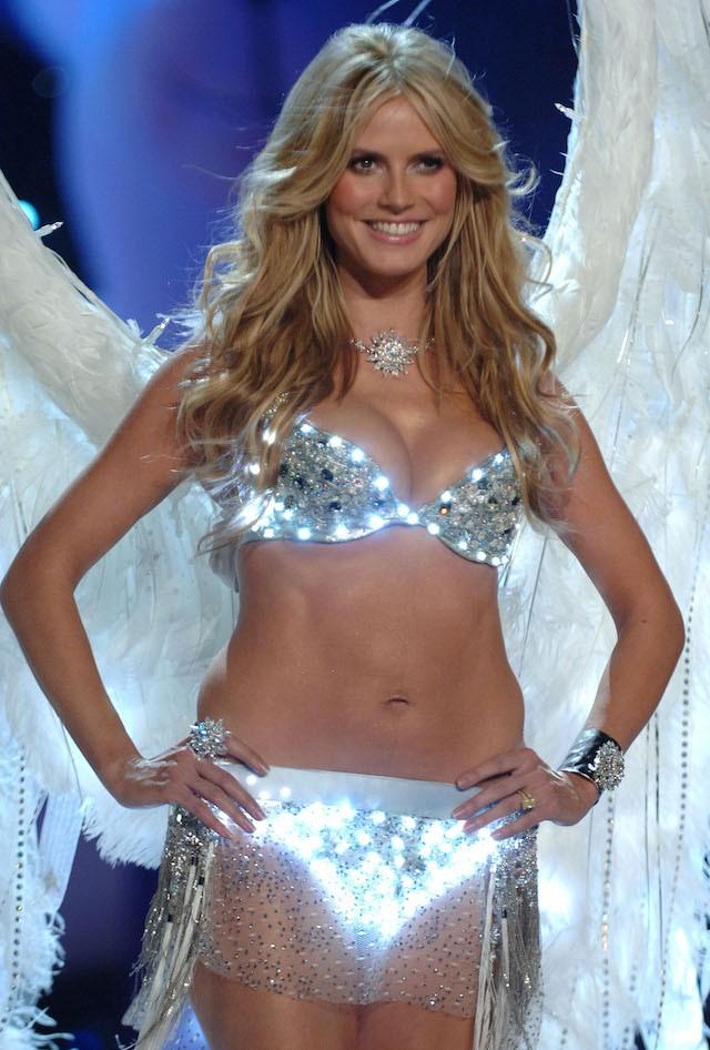 Heidi Klum foi modelo e angel da Victoria's Secret de 1997 a 2009. (Foto: Getty Images)