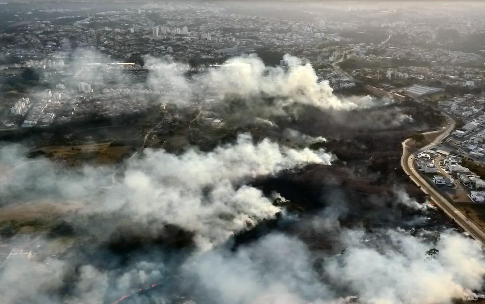 Araraquara, São Carlos e região têm 115 interrupções de energia por queimadas, aponta CPFL