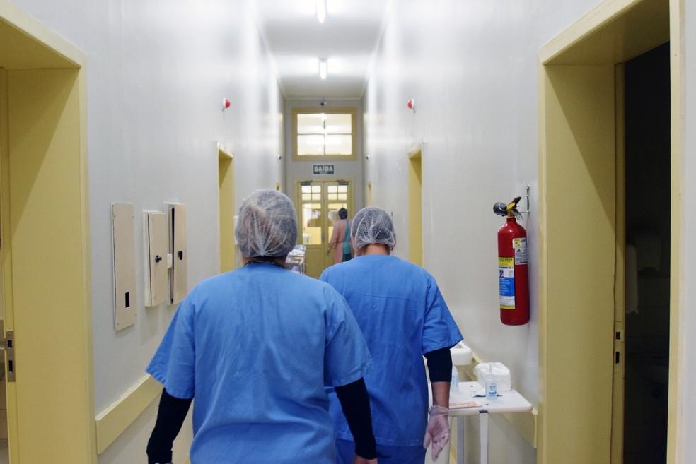 Governo convoca 139 profissionais de saúde para enfretamento à pandemia no RN — Foto: Américo Antônio/Sesa