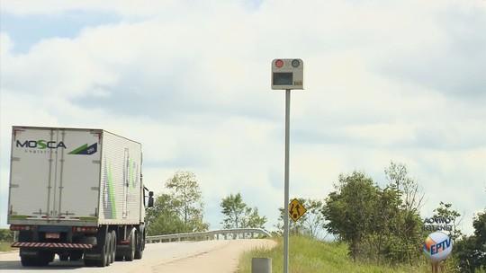 Radar na BR-459 é o que mais flagrou motoristas em alta velocidade no Sul de MG