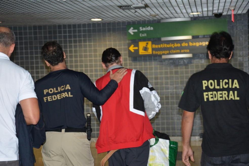 Francês condenado por estupro de vulnerável é extraditado da Europa para Pernambuco (Foto: Polícia Federal/Divulgação)