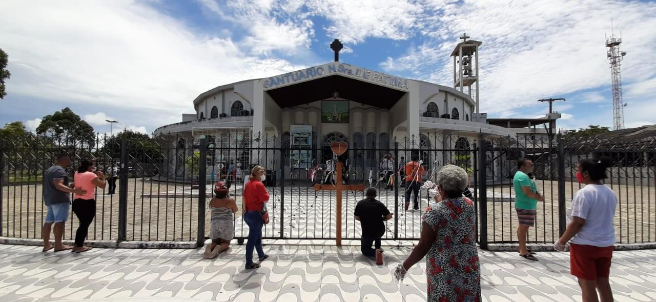 Missas, procissão e novenas marcam festejo à Nossa Senhora de Fátima em Macapá