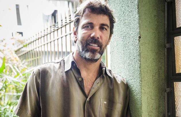 Na quarta-feira (25), Elias será assassinado por Rosemary(Kizi Vaz) (Foto: TV Globo)