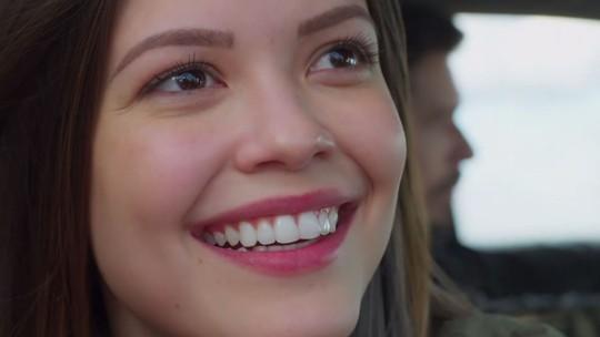Personagem de Vitória Strada, Cris faz revelação surpreendente na estreia de 'Espelho da Vida'!