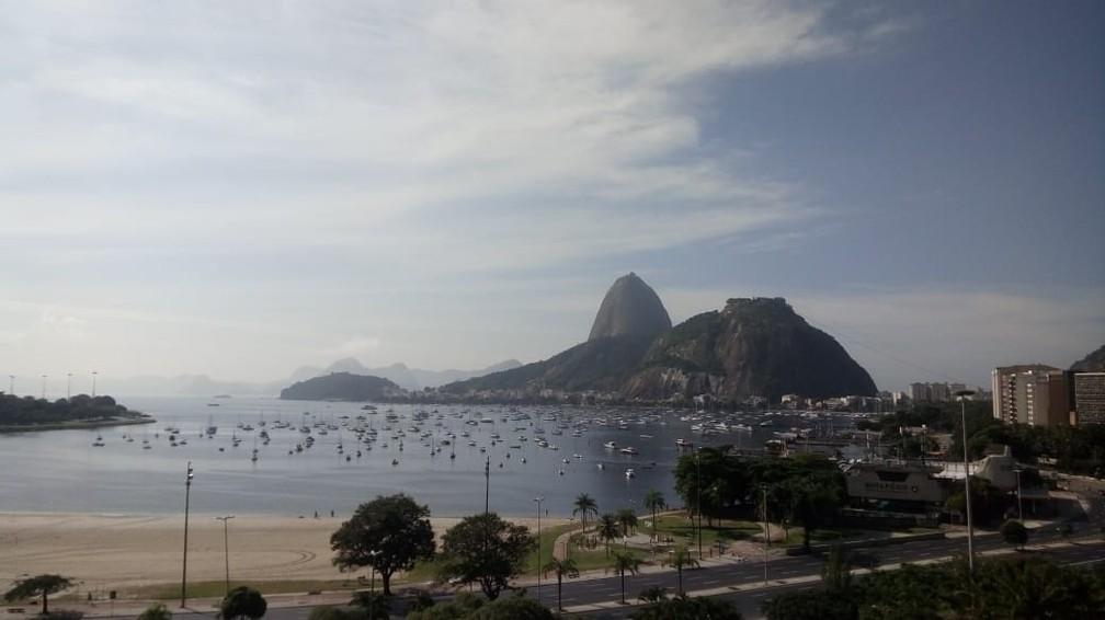 Tempo deve ter sol entre nuvens no Rio de Janeiro neste sábado (16) — Foto: Cristina Boeckel/ G1