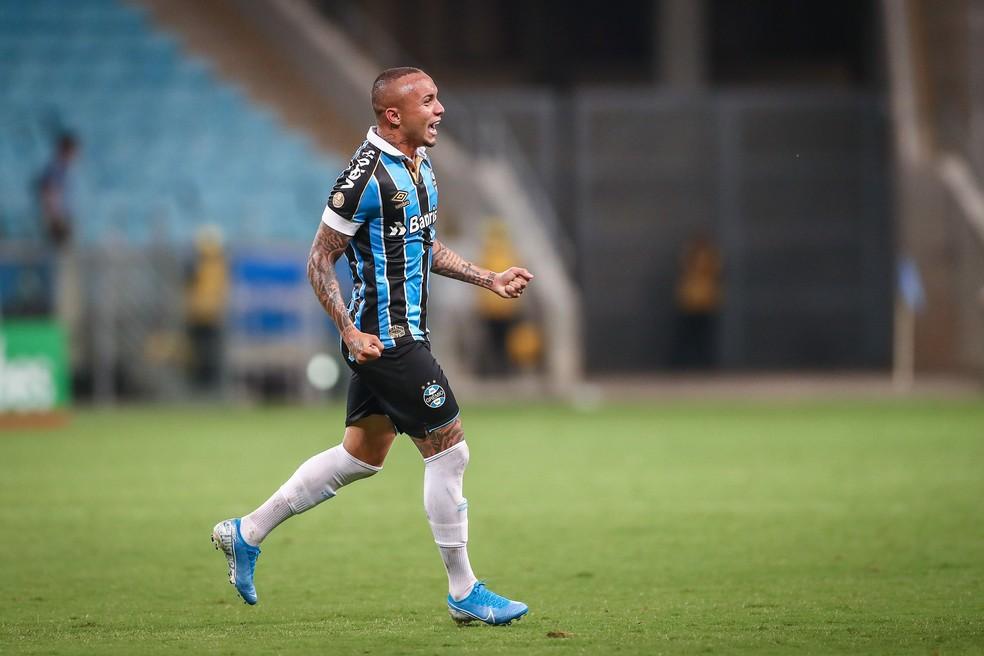 Everton volta ao radar do Napoli — Foto: Lucas Uebel/DVG/Grêmio