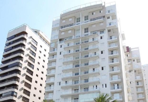 Edifício Solaris, no Guarujá: alvo de investigação da Operação Lava Jato (Foto: Michel Filho/OGlobo)