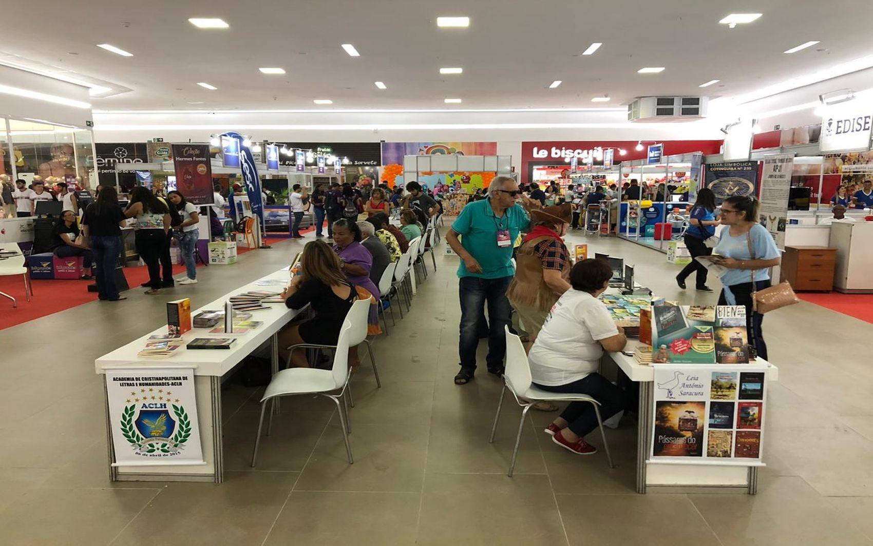 Bienal do Livro de Itabaiana termina neste domingo - Notícias - Plantão Diário