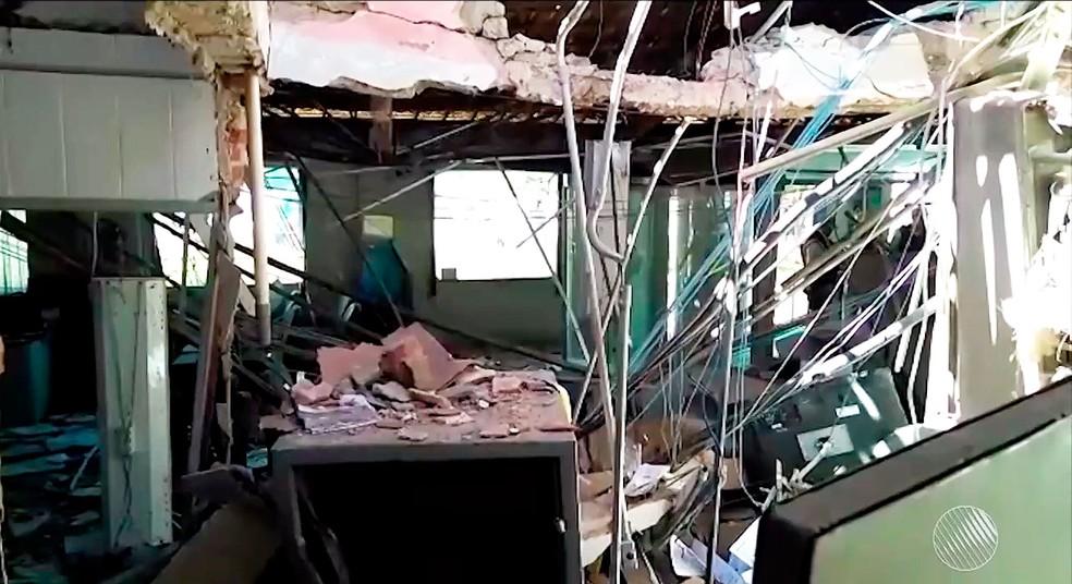 Agência ficou destruída com explosão na cidade de Sobradinho, no norte da Bahia (Foto: Reprodução/TV São Francisco)