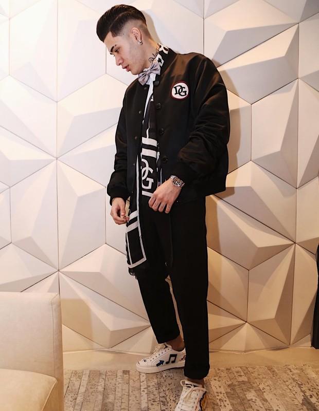 MC Kevinho usa look de grife para celebrar os 20 anos (Foto: Reprodução/Instagram)