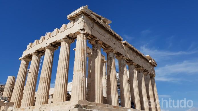 A Acrópole de Atenas fotografada durante o luz do dia; nenhuma foto feita com o Galaxy S9 Plus passou por pós-edição (Foto: Thássius Veloso / TechTudo)