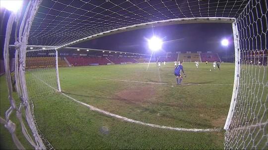 """São Paulo segura o """"São Palmeiras"""""""