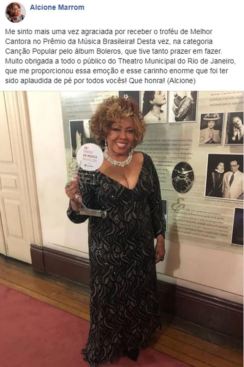 Alcione agradece nas redes sociais premiação no Prêmio da Música Brasileira (Foto: Reprodução/Facebook)