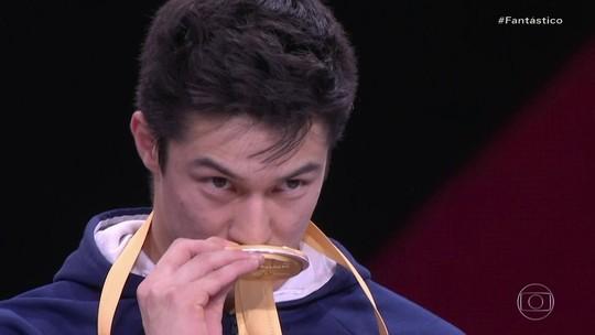 Arthur Nory conquista medalha de ouro no Mundial de Ginástica