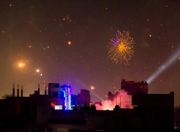 Cidade de Jaipur, na índia, iluminada pelo Festival Hindu Diwali (Foto: Thinkstock)