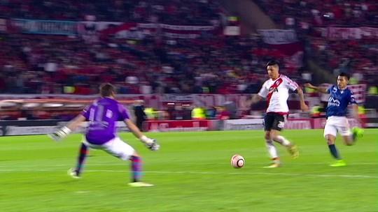 """""""Fazíamos um e queríamos outro"""", diz Scocco após cinco gols e classificação"""