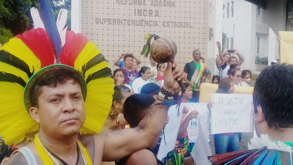 Índios das etnias Tremembé, Guajajara, Krikati, Gavião e Canela participam de mobilização em São Luís — Foto: Alex Barbosa/TV Mirante