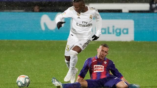 Vinicius Junior não teve uma noite de grande destaque na Espanha