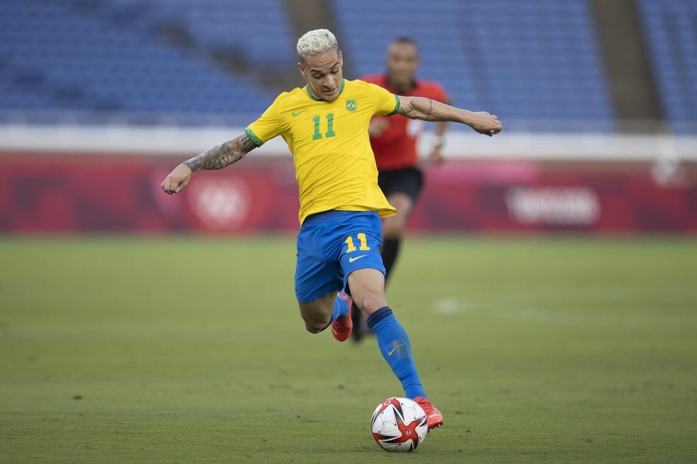 Antony valorizou ponto conquistado pelo Brasil depois de empate sem gols com Costa do Marfim — Foto: Lucas Figueiredo/CBF