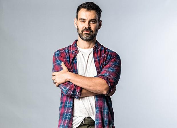 Carmo Dalla Vecchia vive Rafael, um do personagens centrais do núcleo adulto de Malhação (Foto: Divulgação/TV Globo)
