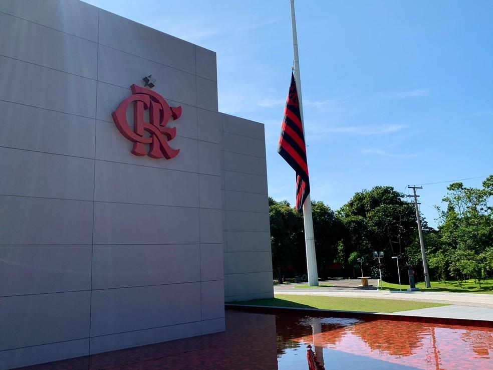 Ninho do Urubu seguirá sem atividades por tempo indeterminado. Flamengo é a favor de férias coletivas — Foto: Igor Rodrigues