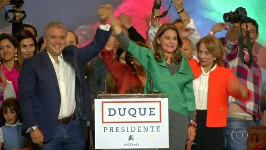Novo presidente da Colômbia anuncia revisão do acordo de paz com as Farc