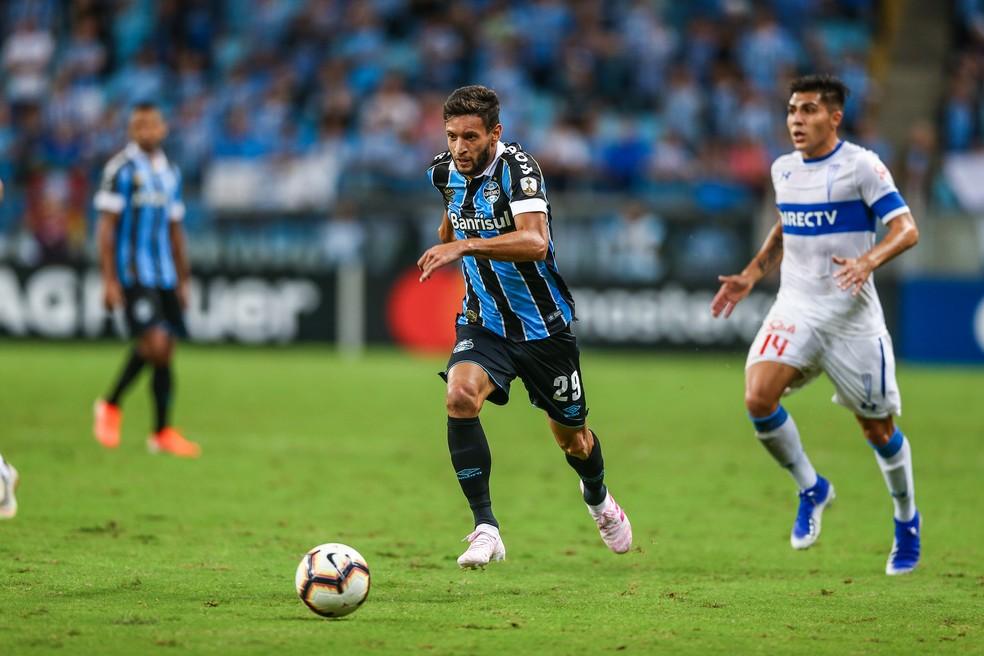 Juninho disputou todo o segundo tempo da partida contra a Universidad Católica — Foto: Lucas Uebel/Grêmio/Divulgação