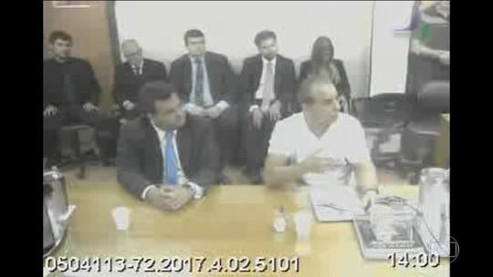 Cabral pede desculpas 'pelo uso de caixa 2' à população do RJ